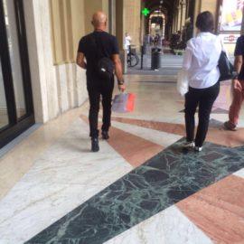 Taccheggiando in centro a Firenze