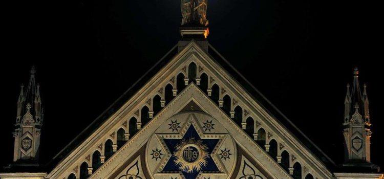 Santa Croce am…mirata dalla luna…