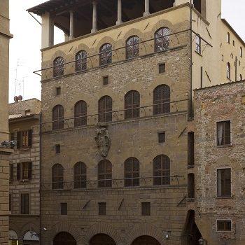Palazzo Davanzati un salto indietro nel tempo.