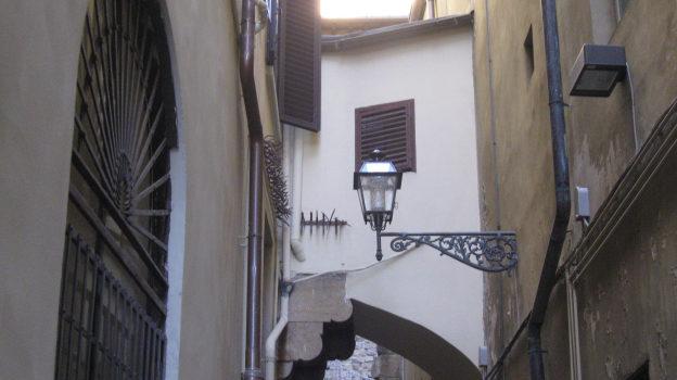 Chiassi chiassuoli e vicoli di Firenze.