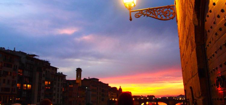 Si accendono le luci…tramonti fiorentini.