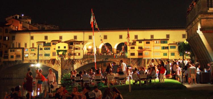 Magico relax ai Canottieri con vista Ponte Vecchio.