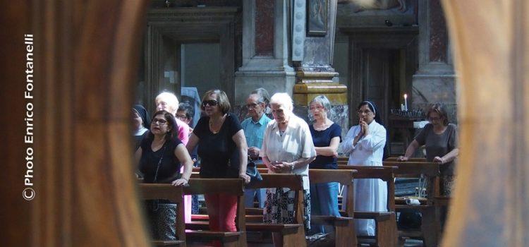 Raccoglimento.  Basilica della Santissima Annunziata.
