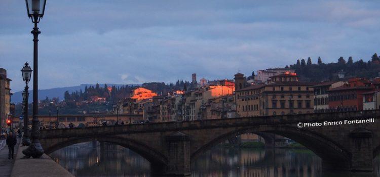 Il sole sfiora Firenze e la rende magica.