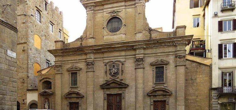 L'acqua della ciabatta nella chiesa di Santa Trinità.