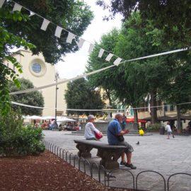Una mattina in Piazza Santo Spirito.
