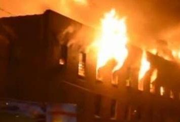 Palazzo Vecchio va a fuoco.