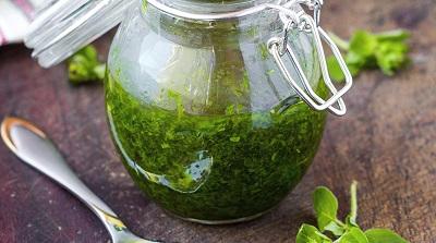 La salsa verde o salsa fiorentina.
