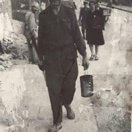 L'ungibandone per le strade fiorentine.