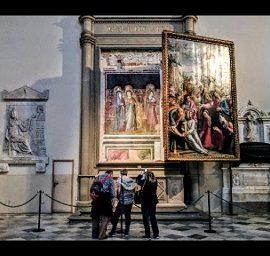 Sotto le pale gli affreschi