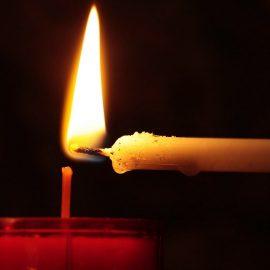 A ogni santo la sua candela